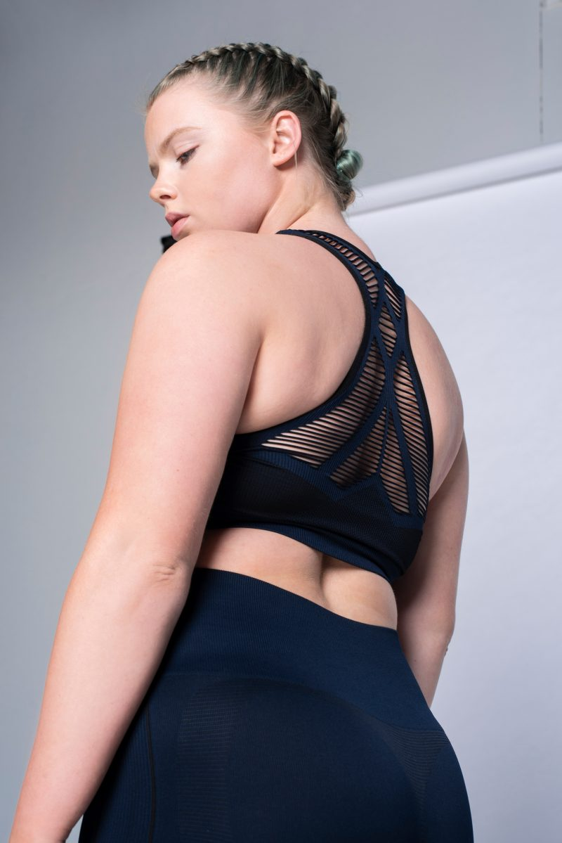 activewear bra top size m/l